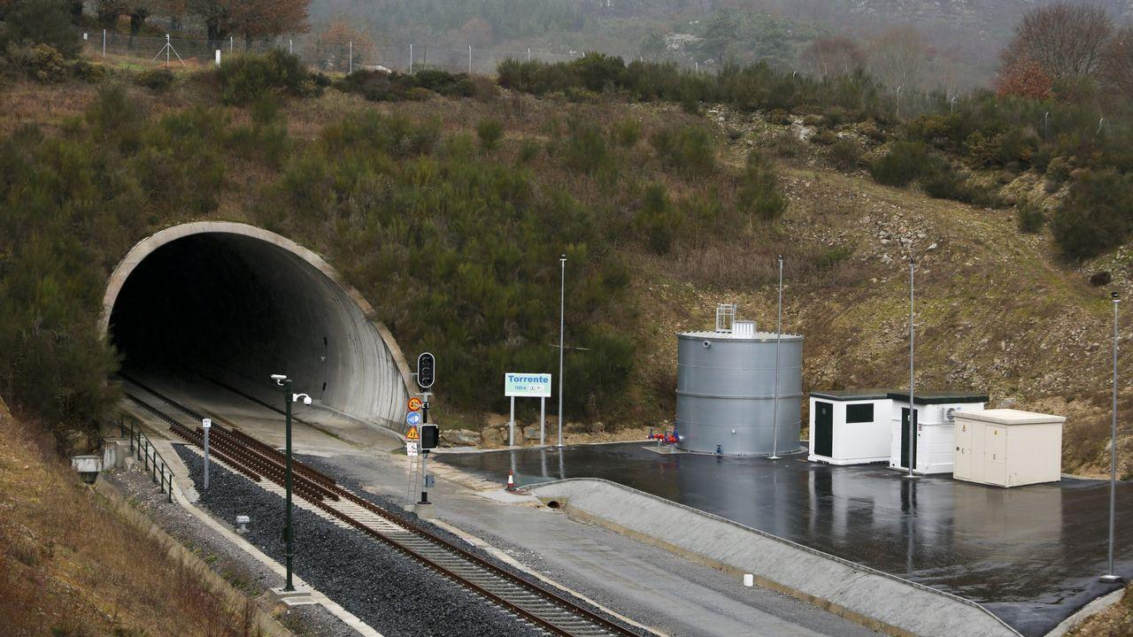 El alcalde de Carballedo, Julio Yebra, Julio Yebra confía en el apoyo político de la Xunta para ver terminadas las obras de la autovía de Lugo a Ourense a su paso por el municipio