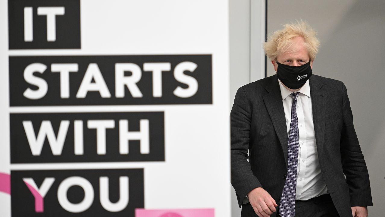 Boris Johnson, durante su visita este viernes a un centro de Artes y Diseño en Dewsbury, Inglaterra.
