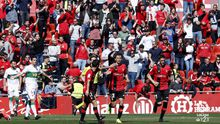 Los jugadores del Mallorca celebran un gol al Elche