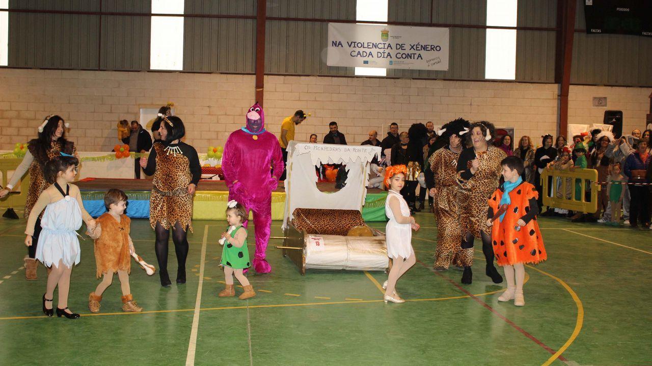 Festival de disfraces en Frades