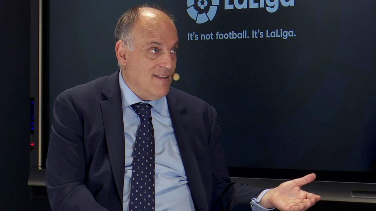 penalti Real Oviedo Deportivo Carlos Tartiere.Fernando Vazquez, en Abegondo