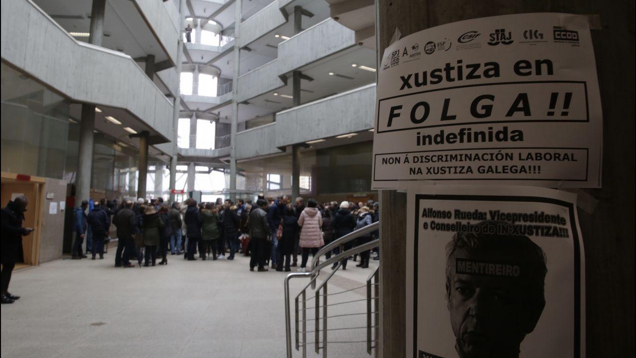 Comparecencia de Salvador Illa y Pablo Iglesias por el coronavirus.Huelga en los juzgados de A Coruña
