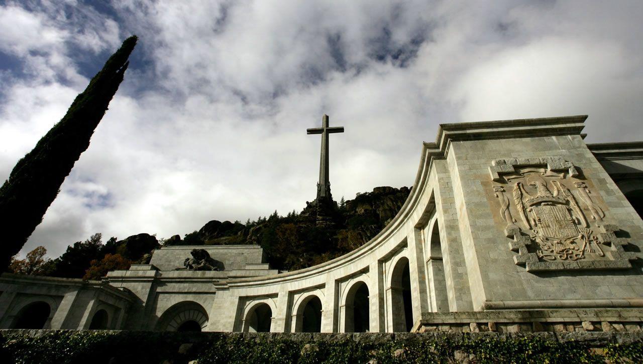 Pazo de Meirás.El Valle de los Caídos, en el interior de cuya basílica descansan los restos de más de 33.400 víctimas de la Guerra Civil