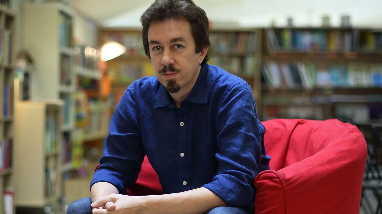 Mairal, en una imagen del 2018 en la librería Moito Conto de A Coruña