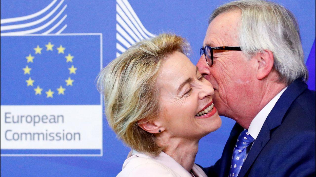 Ursula von der Leyen se reunió con Juncker durante su segundo día en Bruselas en busca de apoyos
