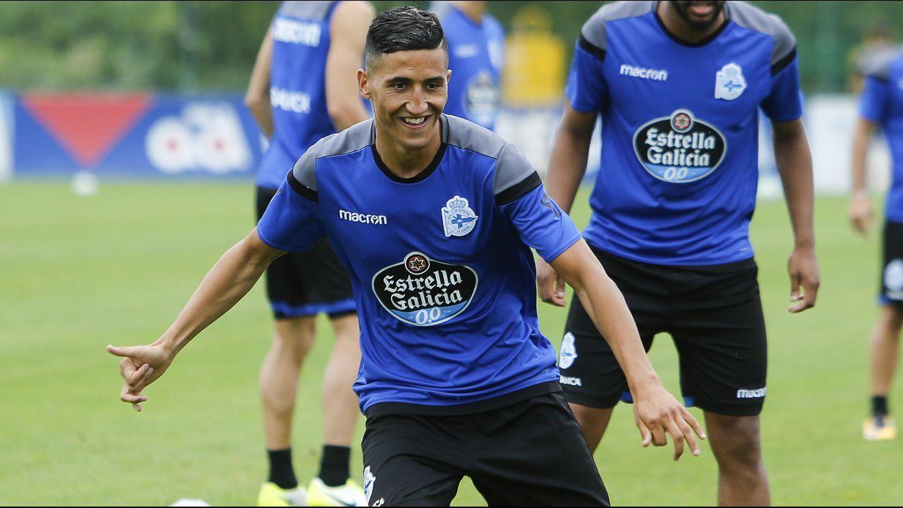 2015-2016. Tras la marcha de Postiga, el club mantuvo a Borges y a Medunjanin, este durante unos meses, e incorporó al marroquí Fayçal Fajr, que alcanzaría la selección siendo deportivista, y a Jonathan Rodríguez.