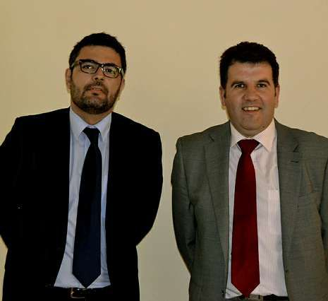 Bartolomé y Barreiro junto a cargos del PP, ayer en Alcoa.