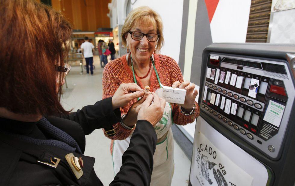 Los artistas participantes consideran que la máquina pone «el arte al alcance de la gente».