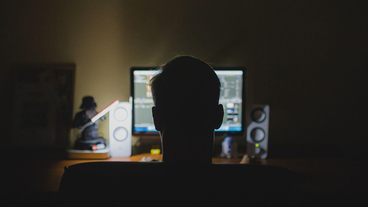 Fortnite Pro-Am: ¿te animas a «lootear» con el Rubius?.Carlos Sanchiz compara la nube con pulsar el interruptor de la luz