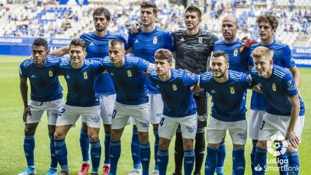 Gol Real Oviedo Elche Carlos Tartiere.Alineación del Oviedo ante el Elche
