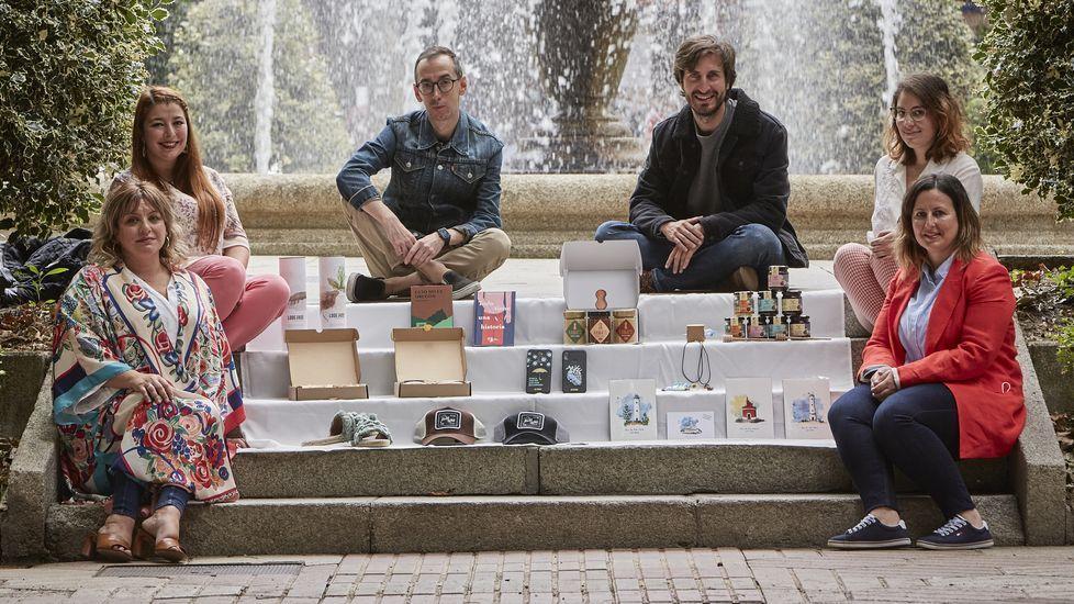 Nanda Pérez (de Mieles Anta), Nerea Figueiras (Fento do Vento), el escritor Isaac Pedrouzo, Pablo Lodeiros (Bodegas Lodeiros), Noëlle da Costa (Vainatti) y Maite Bruzos (Anta) son algunos de los artesanos, artistas y productores aliados en un proyecto común.