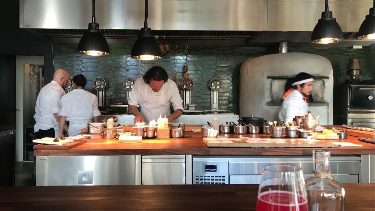 Parrilla en Gante.El chef asturiano José Andrés