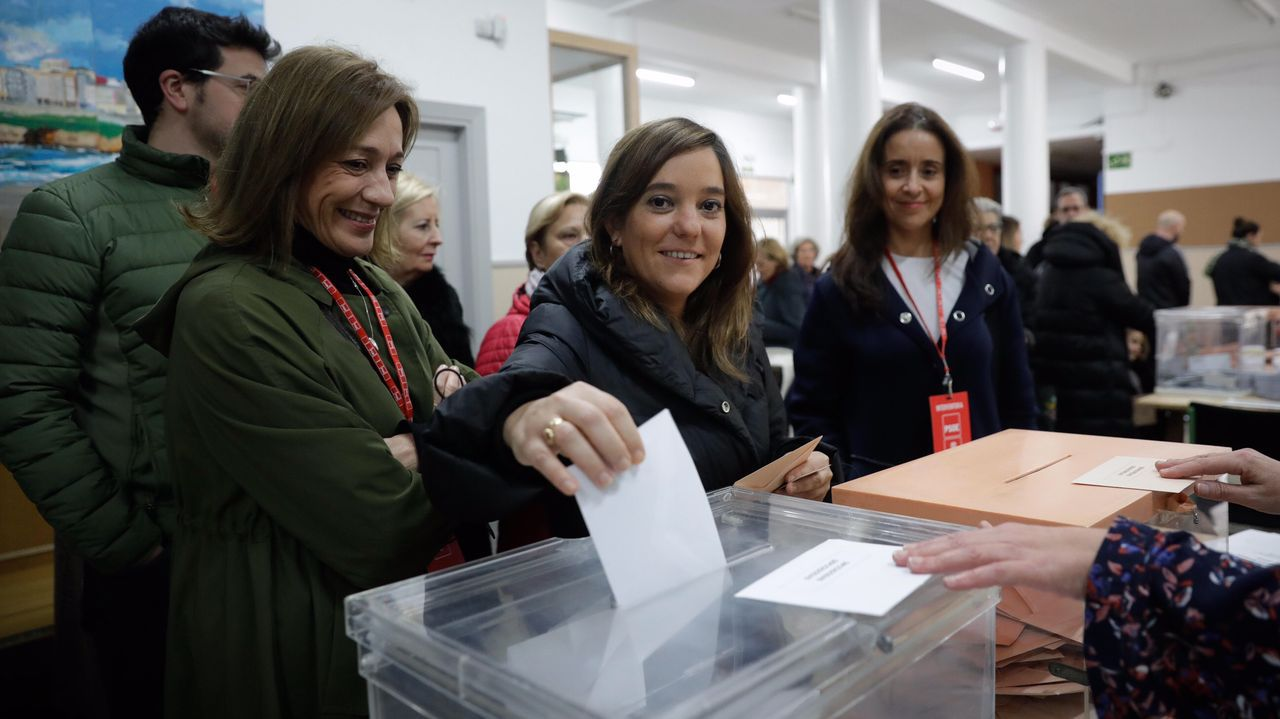 La alcaldesa de A Coruña, Inés Rey