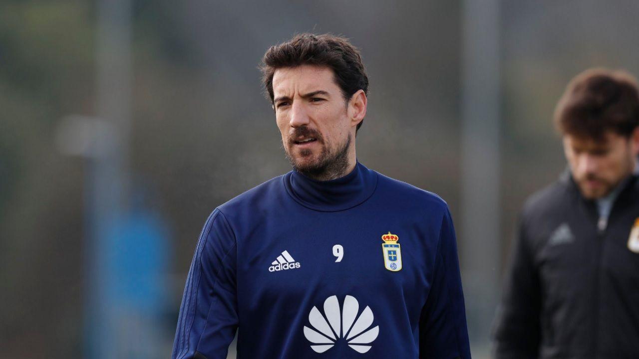 Toche Requexon Real Oviedo.Toche, durante un entrenamiento