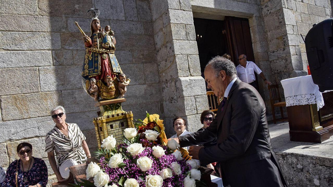 Álbum de fotos: La Guadalupe se celebró, a pesar del covid-19.Ferreirós dice que julio y agosto fueron «fantásticos» en Aldea os Muíños, en Rianxo