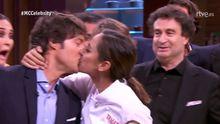 El beso de Tamara Falcó a Jordi Cruz tras ganar MasterChef Celebrity