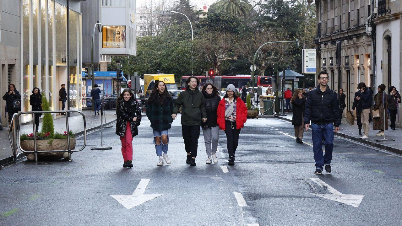 La alfombra roja de los Grammy, en fotos.LA calle Compostela fue peatonalizada solo durante la Navidad