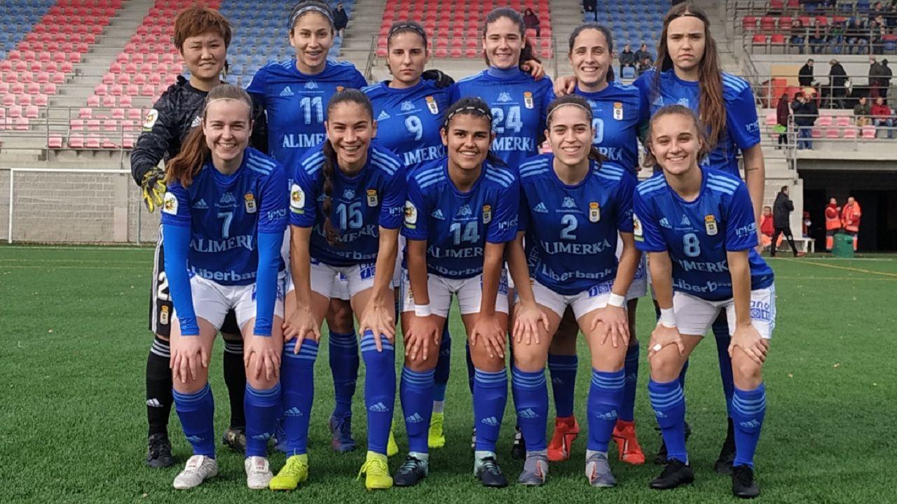 Zaragoza Real Oviedo Femenino.Cañedo da órdenes durante el encuentro ante el Internacional