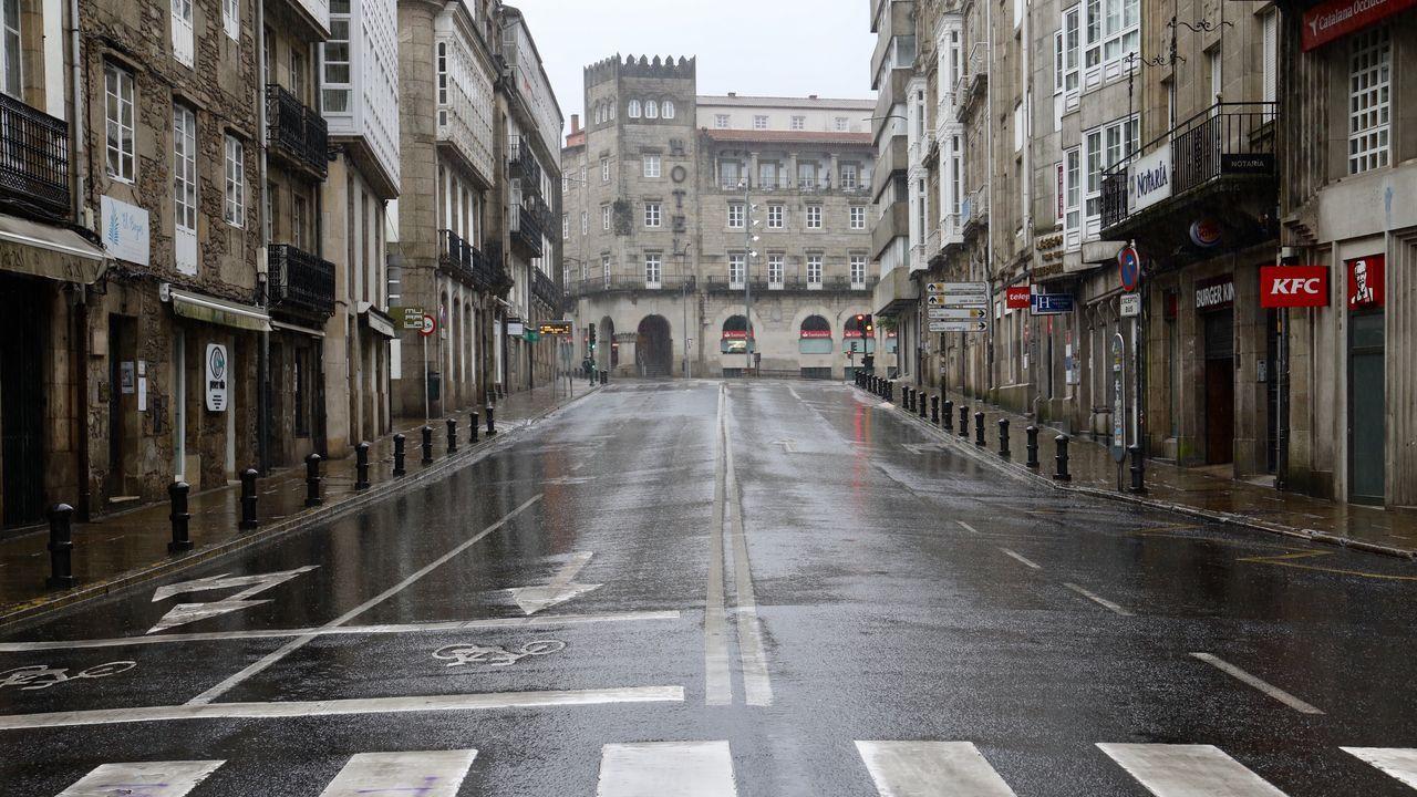 Crisis sanitaria del coronavirus Covid-19 Sonido de la lluvia en Una ciudad vacía