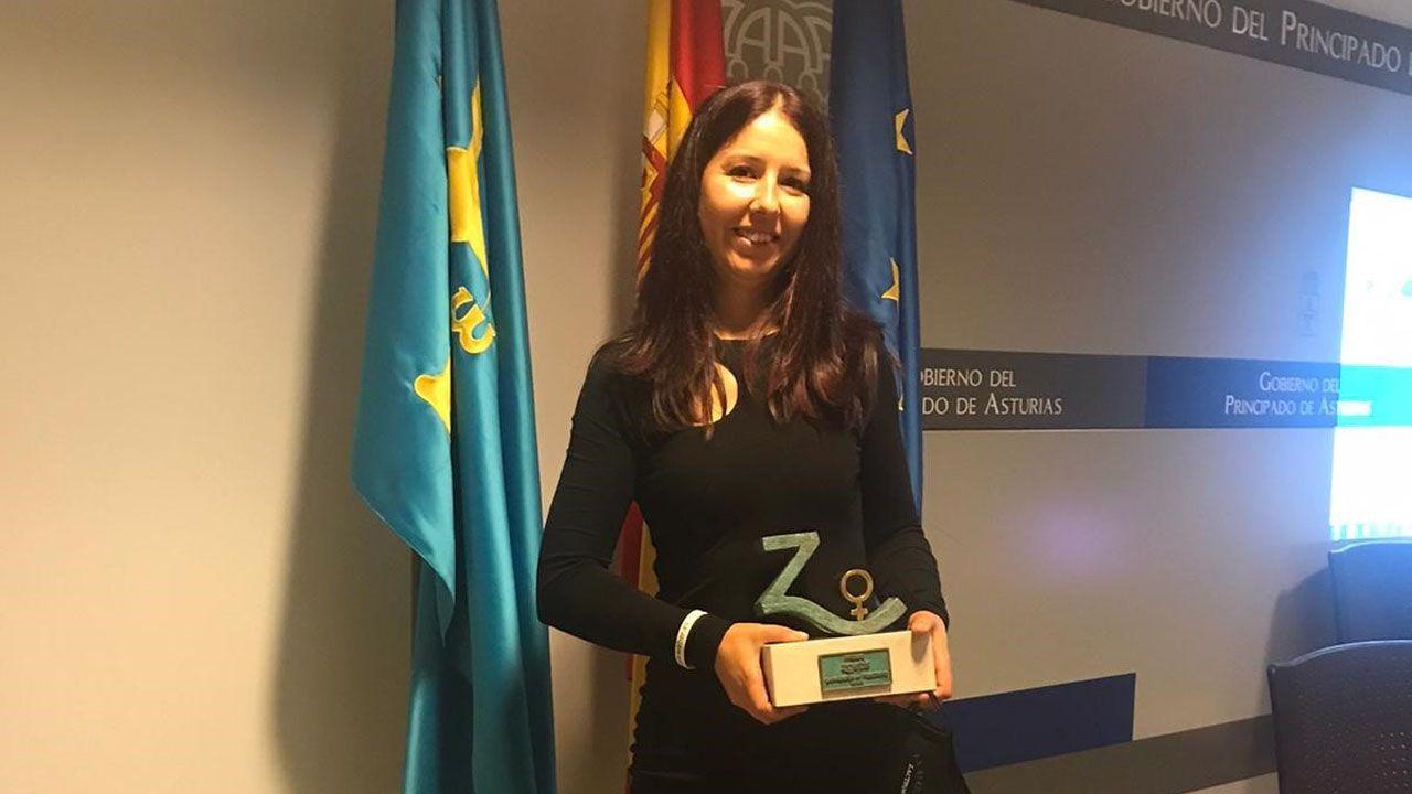 La ganadera Yaiza Rimada, con su premo Zoetis Ganadería en Femenino