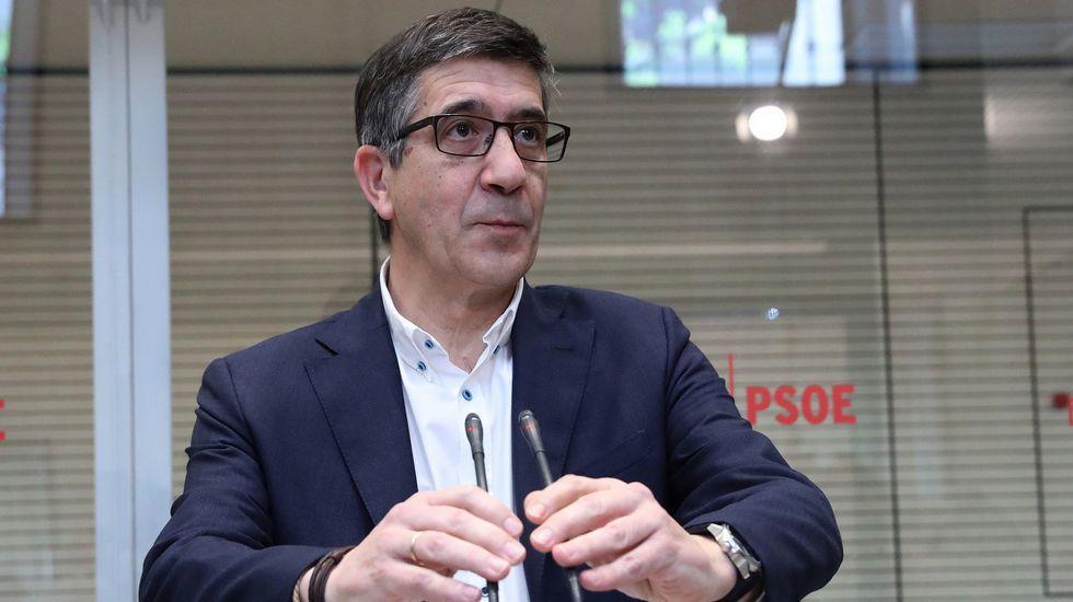 Sánchez vaticina que si gana Susana Díaz las primarias el PSOE será tercera fuerza