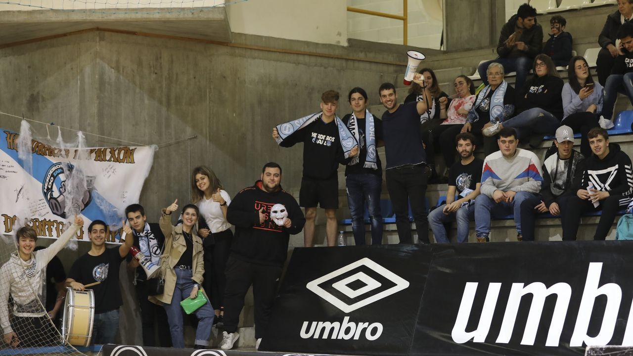 En directo: Sorteo de la Copa del Rey.Javi Rozada durante el Huesca-Real Oviedo