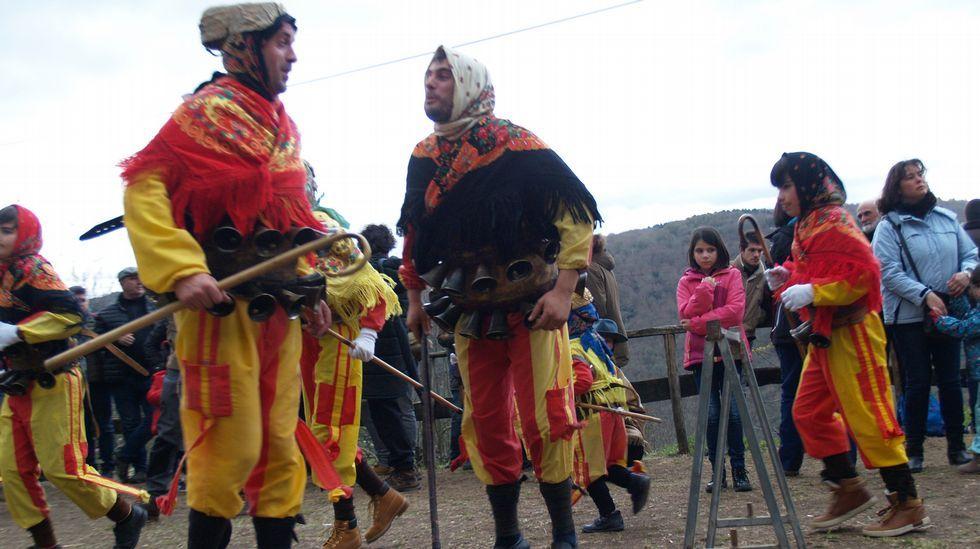 Domingo carnavalesco y gastronómico en Chantada, Navia de Suarna y Taboada