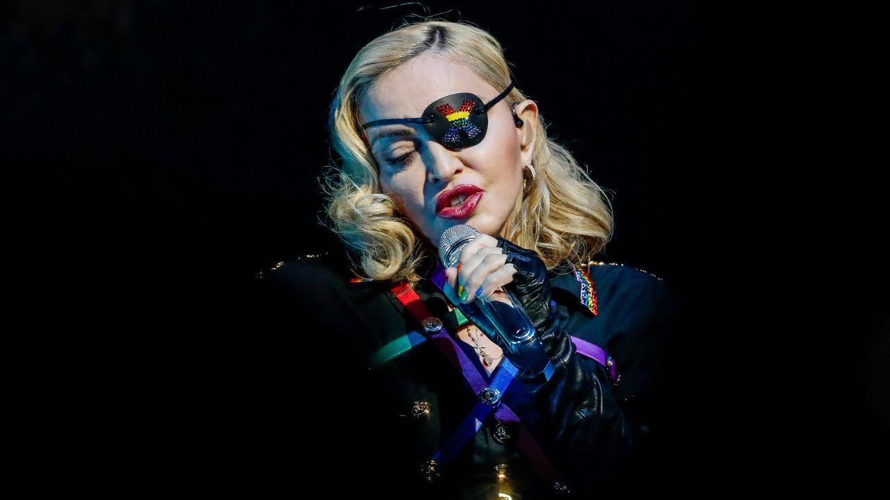 Like a Virgin, de Madonna, versionado por Stoned at Pompeii.Una muestra del libro «Janis Joplin» de Soledad Romero