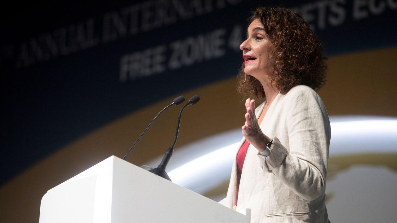 La ministra de Hacienda, María Jesús Montero, ha advertido a Podemos de que no habrá una segunda investidura