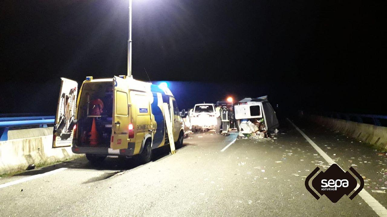 Accidente de tráfico en la A-8, a su paso por Llanes, con dos vehículos implicados
