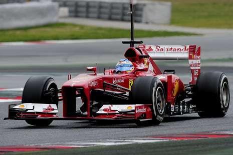 Fórmula 1: Cuenta atrás para el inicio del Mundial.El Ferrari de Alonso ofreció buenas sensaciones.
