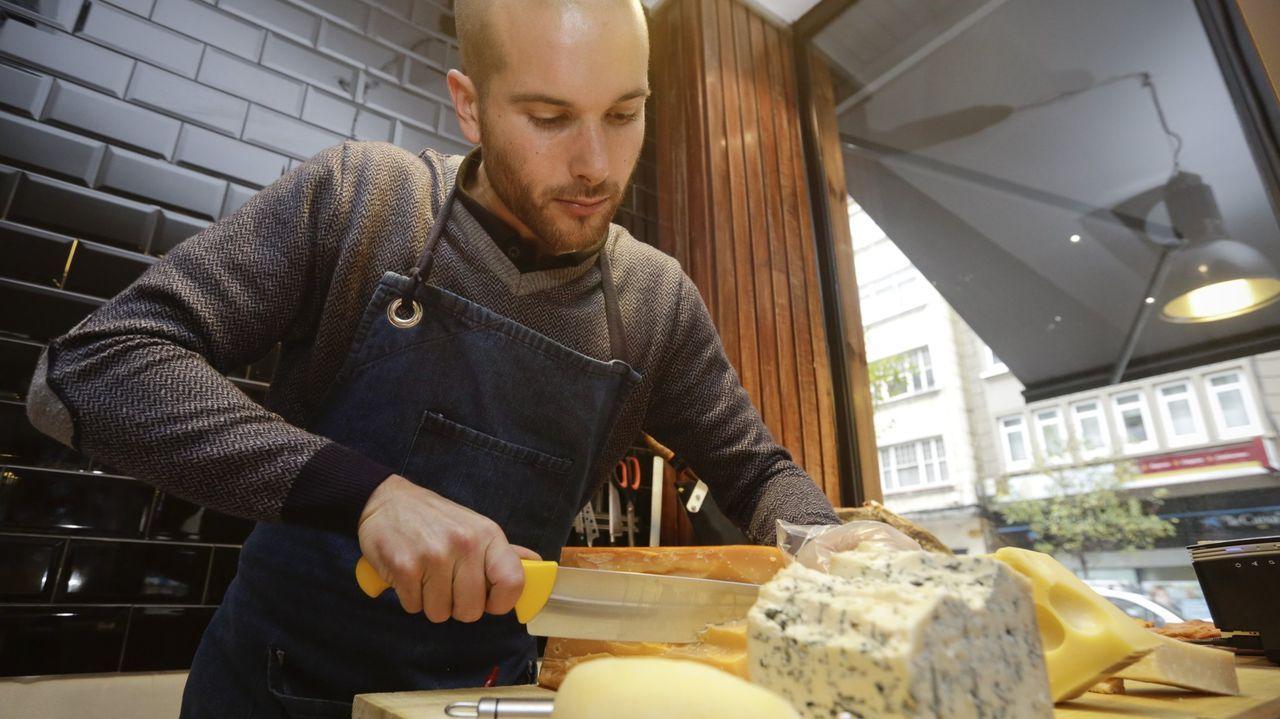 Los hermanos Miscali, propietarios de Ayó Pasta Bar (A Coruña), crearon el Día Internacional contra la nata en la Carbonara