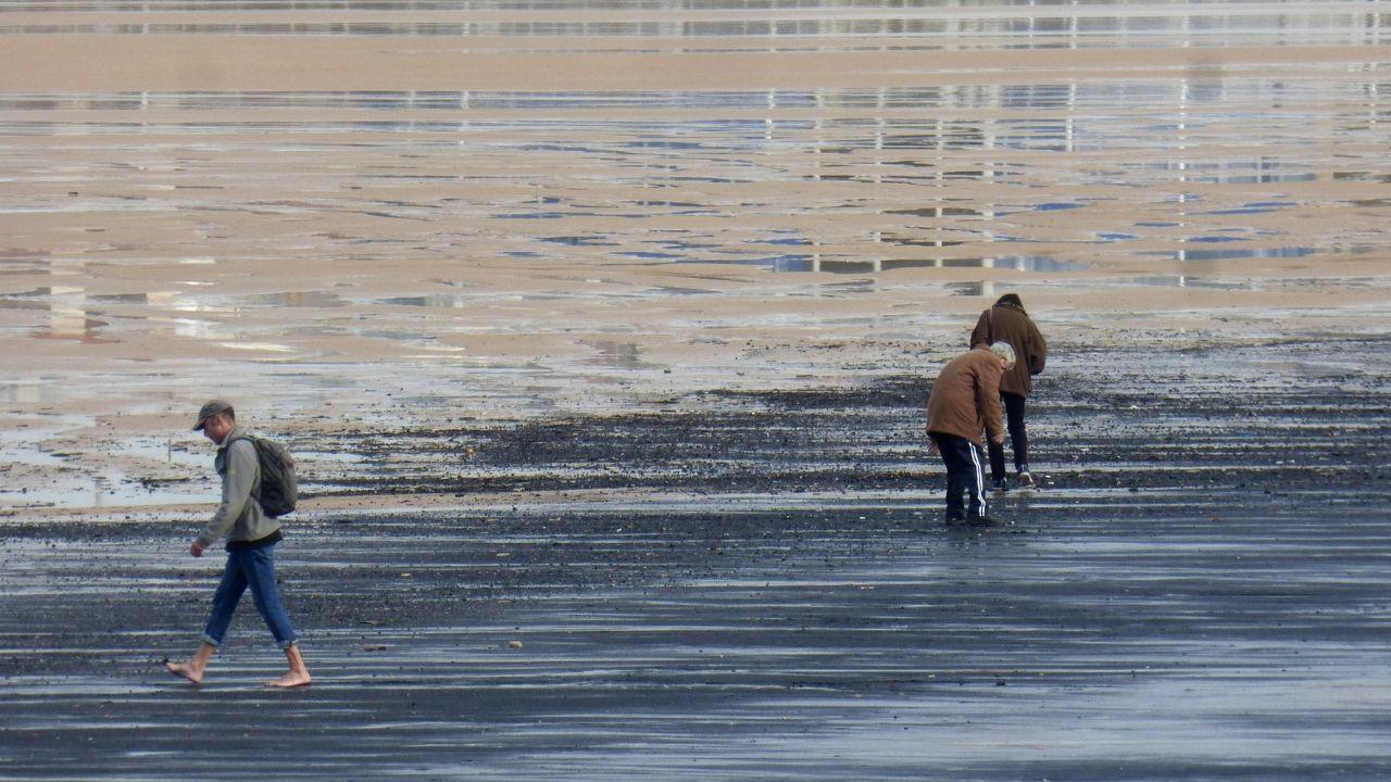 Carbón en la playa de San Lorenzo, Gijón.Contaminación atmosférica en la zona oeste de Gijón