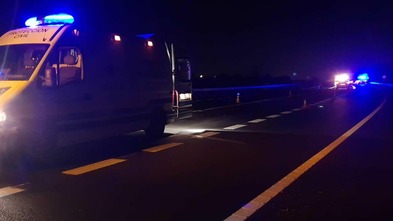 Accidente en Elviña con seis vehículos y un autobús implicados.Atropello mortal en la vía rápida de O Salnés
