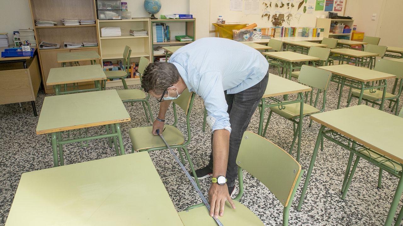 Así se adaptan los colegios gallegosal protocolo anticovid.Niños con mascarilla en un colegio de Alemania