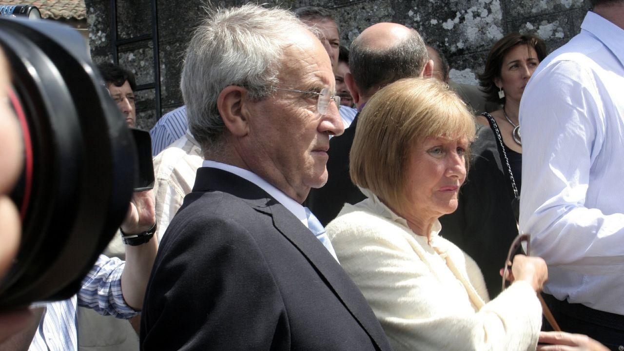 Los efectos del confinamiento en los niños.Miguel Blanco y su  mujer, Consuelo Garrido, en un homenaje a su hijo Miguel Ángel Blanco celebrado en Faramontaos ( A Merca)