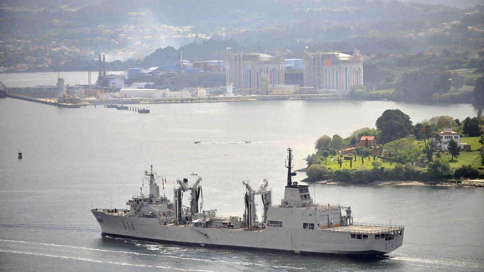 Homenaje al capitán Daniel Peña Valiño.El  Patiño  volviendo de una misión con la OTAN