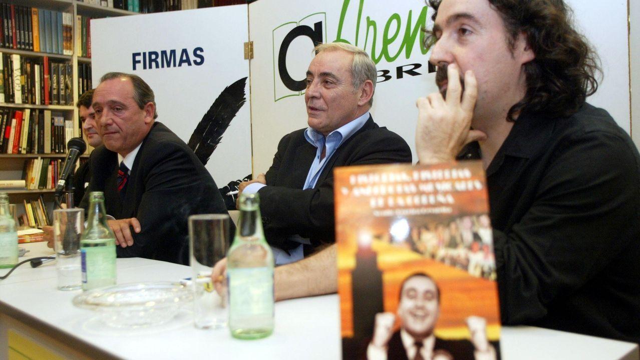 PRESENTACION DEL LIBRO '' HISTORIA, HISTERIAS Y ANECDOTAS MUSICALES DE LA CORUÑA  DE NONITO PEREIRA