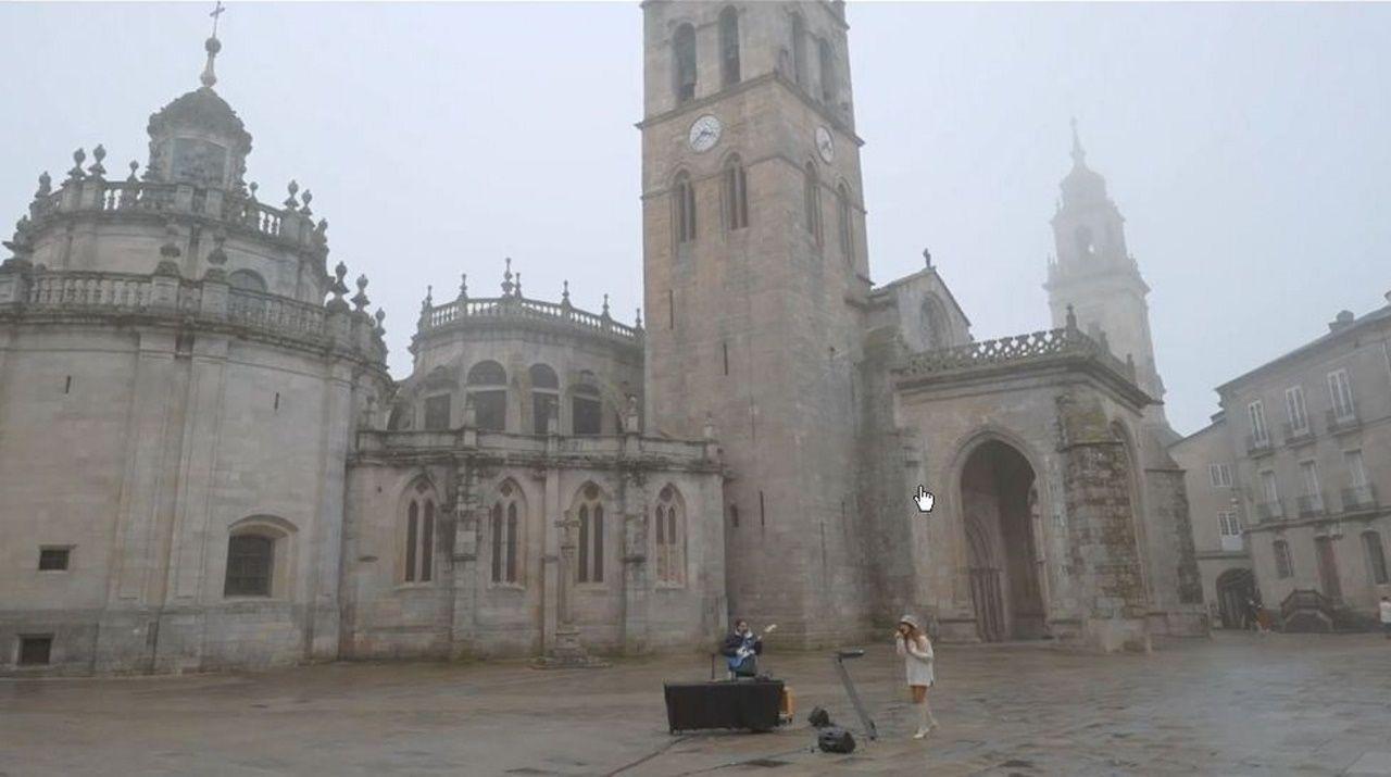 La Praza de Santa María en el programa «Un país para escucharlo», que se emite hoy a las 23.05 en La2
