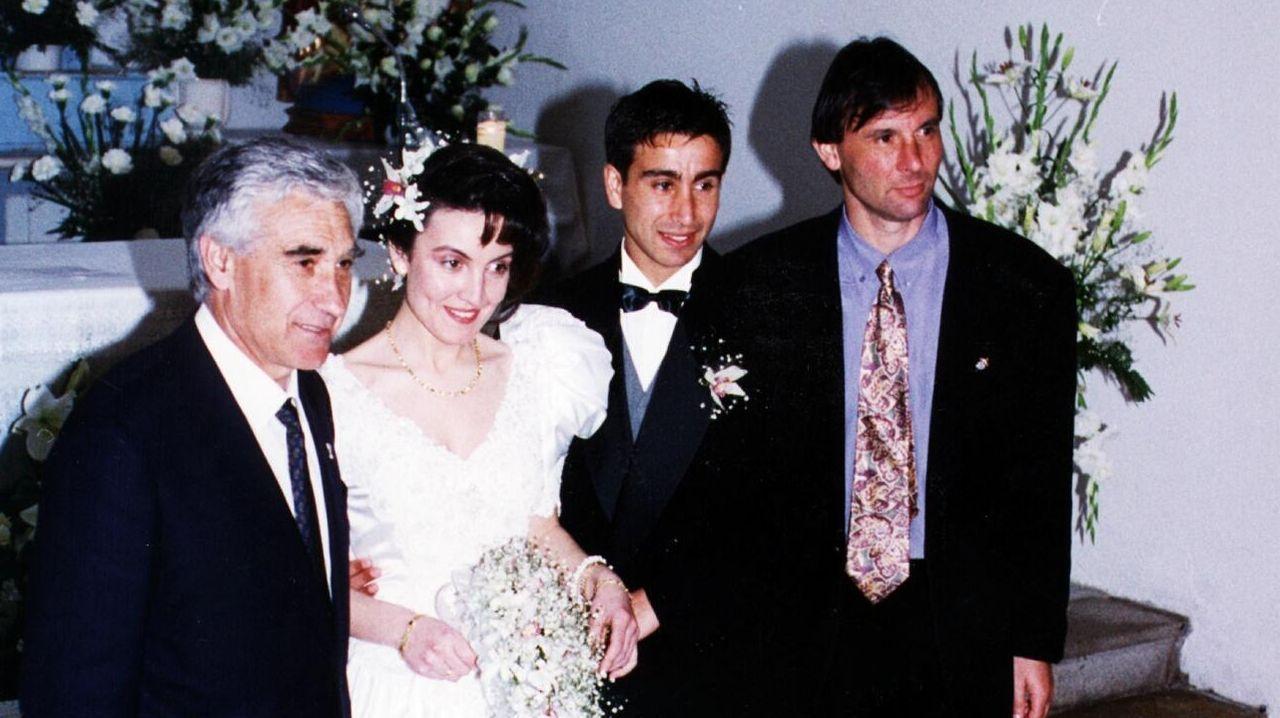 Así se celebró La Liga del Deportivo en el 2000.José Ángel Ziganda en el Anxo Carro