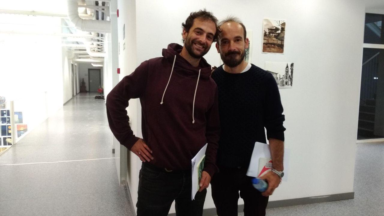Javier Cebrián y Marcos Guardado tras participar en la primera jornada del taller