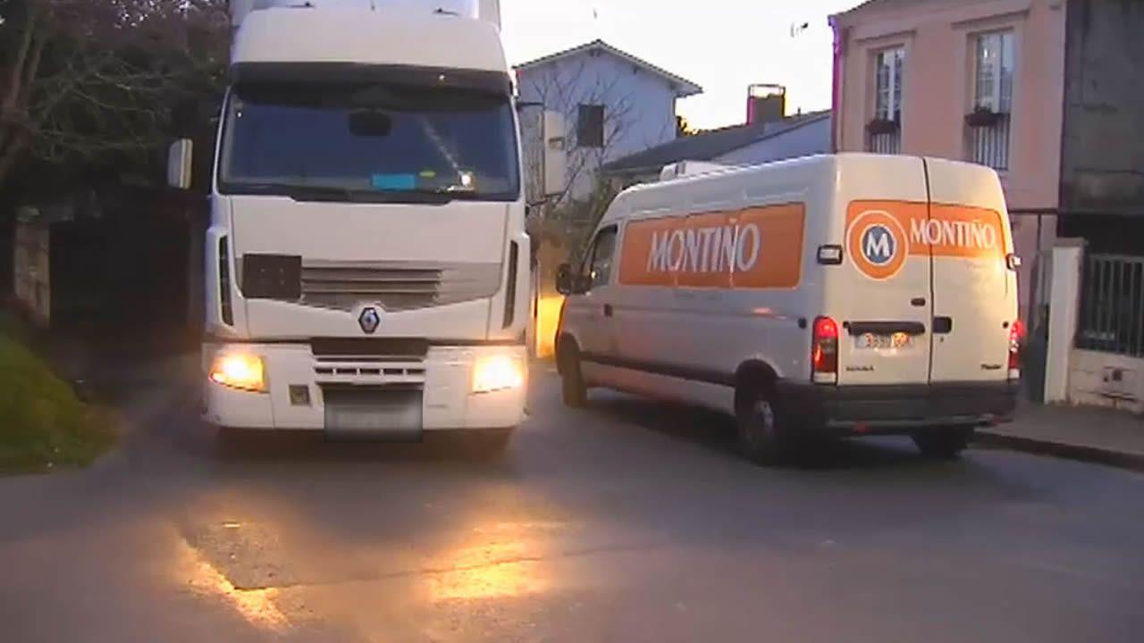 El lugar donde falleció un ciclista al chocar contra un camión en Bergondo