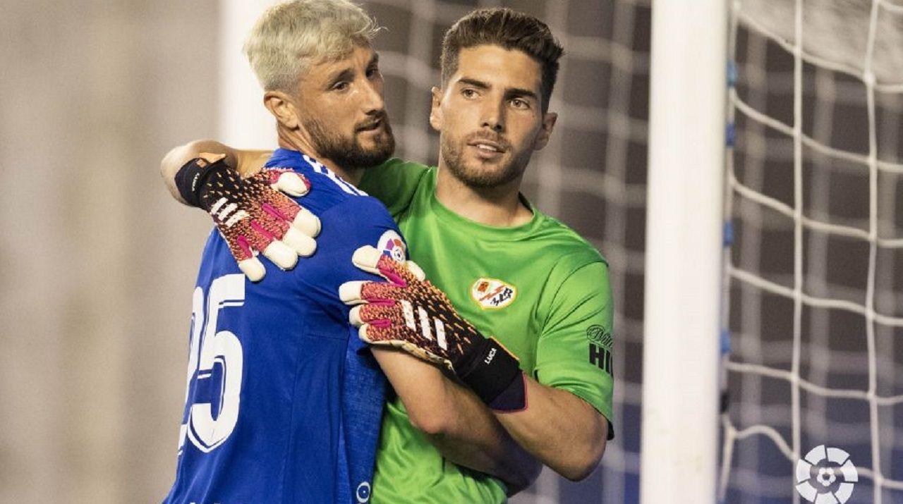 La afición despide a Cd Lugo que viaja para jugar contra el Rayo Vallecano.Borja Valle y Luca Zidane, durante el Rayo-Oviedo