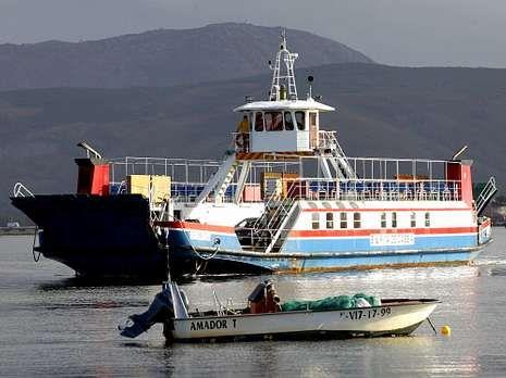 kiko_detalle.<span lang= es-es >Antecedentes</span>. El Santa Rita de Cassia lleva 15 años uniendo las dos riberas y es el único ferri internacional que perdura en las aguas del Miño.