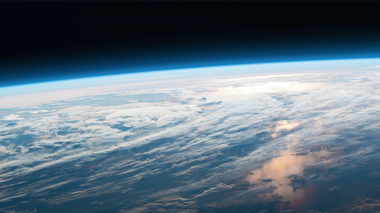 Si la atmósfera pesa toneladas ¿por qué no nos aplasta?.Paseo del Barbaña, en los primeros dias de desconfinamiento