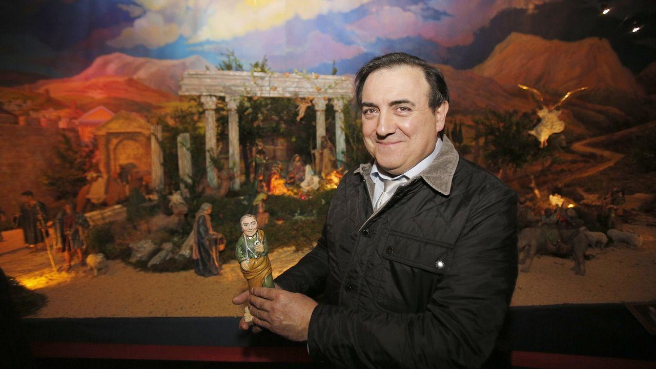 José Fernández Pernas tiene una figura en el Belen del ayuntamiento de A Coruña desde hace cinco años