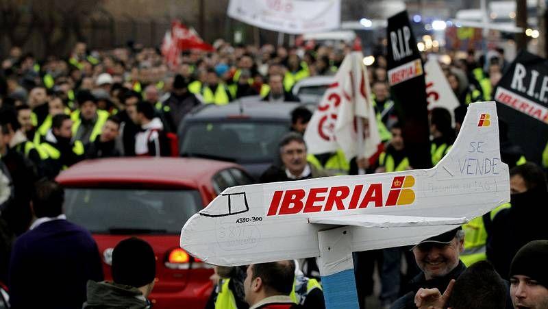 Los trabajadores de Iberia toman la T4