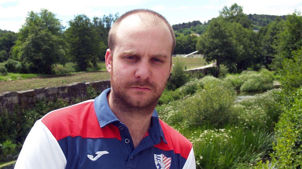 La trayectoria del exportero chantadino, Roberto Fernández, en el fútbol profesional