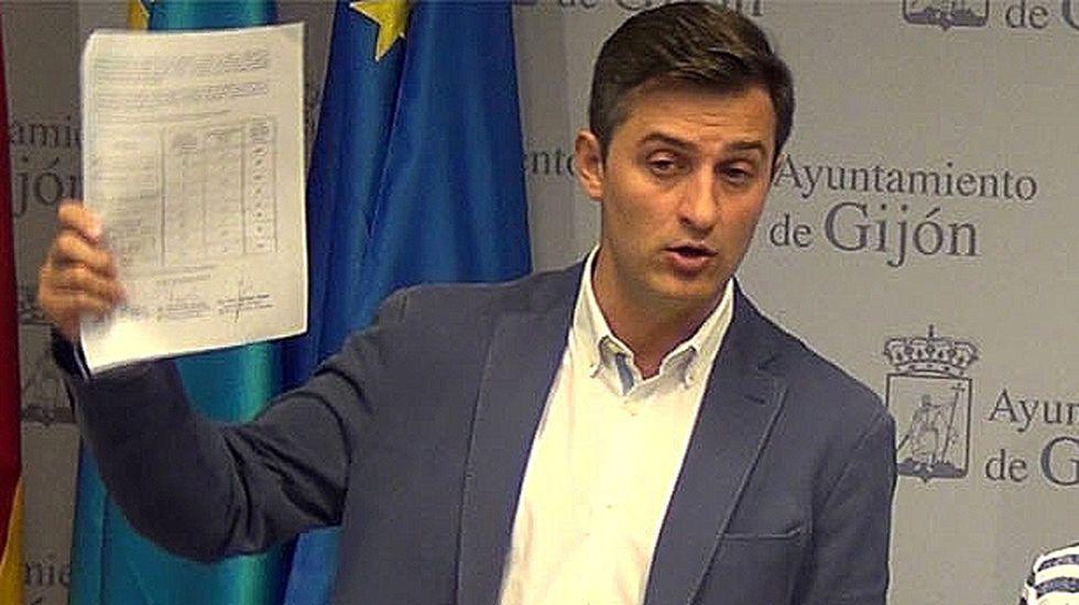 José María Pérez, en la sala de prensa del ayuntamiento de Gijón