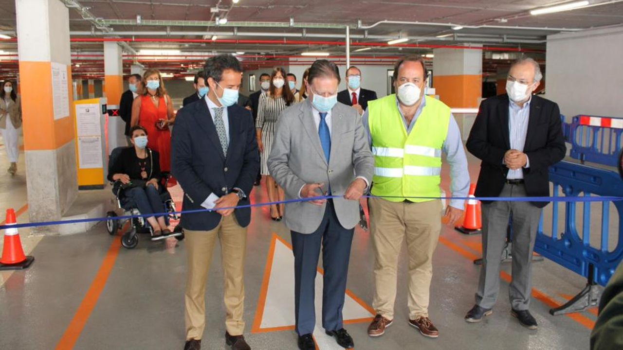 Inauguración del parking de El Vasco